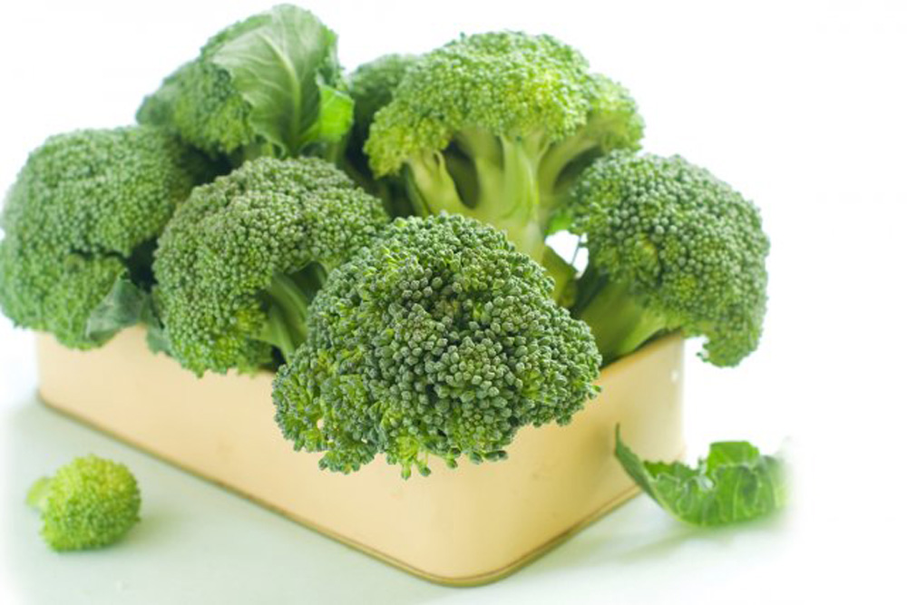 broccoli research paper According to a research paper published in the september 1996 issue of the journal cancer epidemiology, biomarkers & prevention, a high consumption of brassica vegetables is associated with a decreased risk of cancer this study, which analyzed the findings of a large number of cohort studies and case-control studies, concluded that the inverse.